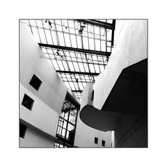 Cité de la Musique -4- (Jean-Louis DUMAS) Tags: immeuble bâtiment bâti building artistique artiste art architecture architecte architect architectural nb bw black noir noiretblanc