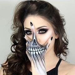 Cool skull hand By @giuliannaa (ineedhalloweenideas) Tags: halloween skell skeleton makeup make up ideas for 2017 happy night before christmas october 31 autumn fall spooky body paint art creepy scary horror pumpkin boo artist goth gothic