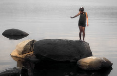 (PlainJK) Tags: portrait girl water lake rocks chiaroscuro padawan jedi
