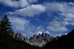 Mattino (carlo612001) Tags: mountain mountains montagna montagne dolomiti dolomites dolomiten boschi woods forest cielo sky clouds nuvole azzurro blue travel holidays viaggi vacanze
