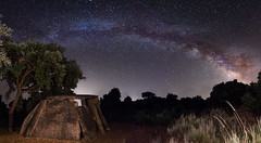 Dolmen Tapada del Anta (Javiralv) Tags: dolmentapadadelanta valenciadealcántara cáceres extremadura españa spain milky way stars night astrophotography astrofotografía noche víaláctea estrellas