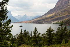 Wild Goose Island II (Jonathan Miske) Tags: canon canon6d canonef24105mmf3556isstm canoneos6d glaciernationalpark goingtothesunroad island lake landscape montana mountains stmarylake summer usa unitedstates water wildgooseisland browning