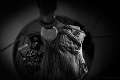 Buenas noches  y  buena suerte... (*Nenuco) Tags: jesúsmr nenuco rollingstoniano valencia spain blancoynegro black white nikon d5300 dormir dulces sueños fotografia libros viajes