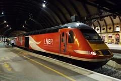 43315 York 06/07/2018 (Flash_3939) Tags: 43272 43315 class43 hst highspeedtrain lner londonnortheasternrailway york yrk station 1e30 strathcyldedaytripper scotland rail railway train uk july 2018