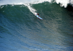 Grant Twiggy Baker / 1415DZR (Rafael González de Riancho (Lunada) / Rafa Rianch) Tags: surf waves surfing olas sport deportes sea mer mar nazaré vagues ondas portugal playa beach 海の沿岸をサーフィンスポーツ 自然 海 ポルトガル heʻe nalu palena moana haʻuki kai olahraga laut pantai costa coast storm temporal