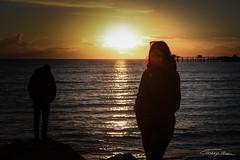 IMG_42621 (Moncoinphoto) Tags: mer larochelle coucherdesoleil soleil sun sky océan france 2018 portrait paysage plage jaune orange bleu