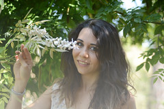 Fatina preraffaellita (~Miel) Tags: girl nikkor nikond5200 50mm nikkor50mm nikon ragazza giovanedonna youngwoman outdoor inesterno summer estate zomer ritratto portrait
