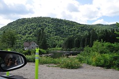 Parc de la Jacques Cartier, Québec. (nicoleforget) Tags: parc forêt lac arbres voiture photographe