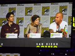 The Legends of Tomorrow Panel (Sconderson Cosplay) Tags: comiccon sdcc san diego 2018 cosplay legends tomorrow cw saturday day 3 brandon routh ray palmer the atom caity lotz sara lance white canary dominic purcell mick rory heat wave