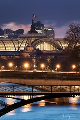 Grand Palais & Pont des Arts, Paris (www.fromentinjulien.com) Tags: fromus75 fromus fromentinjulien fromentin flickr view exposure shot hdr dri manual blending digital raw photography photo art photoshop lightroom photomatix french francais light traitements effets effects world europe france paris parisien parisian capitale capital ville city town città cuida colocación monument history 2018 photographe photographer dslr eos canon 5d 5dmarkiv fullframe full frame ff 150600 150600mm tamron tamronlens 563 urban travel architecture cityscape poselongue longexposure sky grandpalais ladefense sunset seine pontdesarts