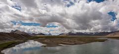 Entre Murgab et Sary-Gorum, Pamirs, Tadjikistan (Pascale Jaquet & Olivier Noaillon) Tags: panorama7 lac paysage nuages ciel montagnes neige entremurgabetsarygorum gornobadakshan tadjikistan tjk