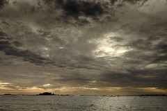Tail of the Whale Sunset (Mabry Campbell) Tags: bahiagolfcourse mexico nayarit pacificocean puntamita rivieranayarit cloudy coast coastal dark image island moody ocean oceas photo photograph seascape silhouette sunset water f56 mabrycampbell december 2017 december102017 20171210campbellfile0081 23mm ¹⁄₄₀₀sec 200 xf23mmf2rwr fav10 fav20