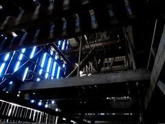 Cathédrale de Guémar (Olivier Simard Photographie) Tags: séchoirsàtabac tabac séchoir grange patrimoine architecture guémar illhaeusern agriculture bâtiment bois planche clairevoie