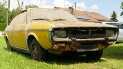 Renault 15 TL (vwcorrado89) Tags: renault 15 tl r15 coupe rust rusty abandoned wreck barnfind barn find