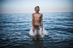 Blue Sea (PaxaMik) Tags: mer summertime summer méditerranée été éclaboussures jump baignade gouttes drops blue bleu swimmer
