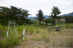 (cara zimmerman) Tags: abandoned japan tennis tenniscourt empty