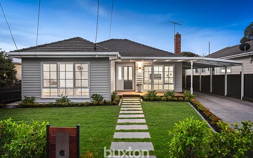63 Brownfield St, Mordialloc VIC 3195