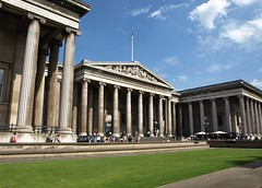 The British Museum. (No1bus) Tags: london bloomsbury museum tourists history
