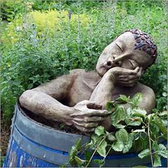 Ooooh (pixel_unikat) Tags: plants garden sculpture pale summer green