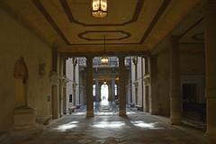 A fancy entrance (Shahrazad26) Tags: carezzonico stadspaleis palazzo venetië venice venezia venedig italië italy italien italia architectuur architecture