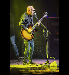 Peter Frampton at the Grand Ole Opry House (J.L. Ramsaur Photography) Tags: jlrphotography nikond7200 nikon d7200 photography photo nashvilletn middletennessee davidsoncounty tennessee 2018 engineerswithcameras musiccity photographyforgod thesouth southernphotography screamofthephotographer ibeauty jlramsaurphotography photograph pic nashville downtownnashville capitaloftennessee countrymusiccapital tennesseephotographer peterframpton grandoleopryhouse opryhouse talkbox guitar microphone mic concert liveconcert rocknroll rockconcert frampton rockroll rocknrollconcert lights music classicrocknroll highiso musican guitarplayer theopry opry portrait portraiture rocknrollportrait portraitphotography