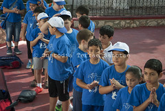 NA_140707_9468 (Custody of the Holy Land - Photo Service (CPS)) Tags: arab arabchristian beithanina christian christianarab christians christiansarabs holyland parish saintjames stjames terrasanta terresainte arabchristians child children girl hands latinparish nadim pray prayer praying summercamp