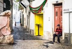a life's review (ThorstenKoch) Tags: street streetphotography schatten stadt strasse sun sonne summer lissabon lisboa lisbon old young past review city candit color outdoor observer life real fuji fujifilm thorstenkoch throwback xt10 yellow red blue green pov portugal