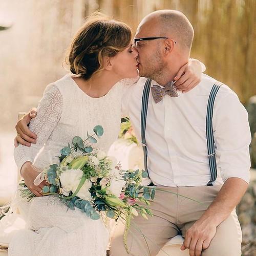 """#scheunenhochzeit #paarshooting #hochzeit #wedding #barnwedding #bohowedding #mrandmrs #hochzeitslocation #love #kiss #hochzeitsfotograf #weddingphotography #hochzeitsfotografie #photoprapher #bride #groom #thewhitebarn #❤️ • <a style=""""font-size:0.8em;"""" href=""""http://www.flickr.com/photos/83275921@N08/28342051667/"""" target=""""_blank"""">View on Flickr</a>"""