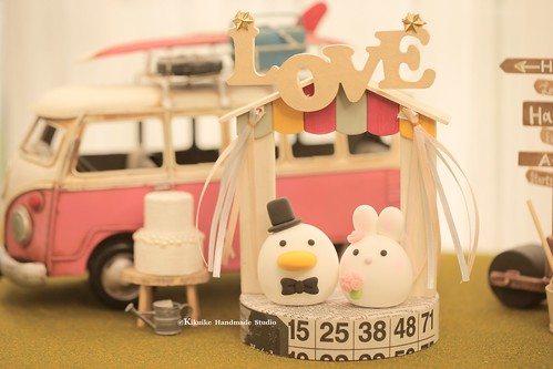 Love duck and rabbit MochiEgg with  the handmade wooden outdoor chapel miniature wedding cake topper, bohemian theme wedding decoration ideas