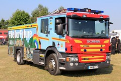 Humberside Fire & Rescue Service Scania P280 Appliance (PFB-999) Tags: humberside fire and rescue service hfs hfrs brigade scania p280 appliance water ladder tender engine truck vehicle unit lightbar grilles fendoffs sidelights leds yn18xyz day 2018