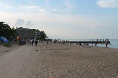 At The Pier (Flint Foto Factory) Tags: chicago illinois urban city summer july 4thofjuly july4th independenceday holiday celebration north rogerspark neighborhood lakemichigan lake michigan fourthofjuly evening pm dusk leonebeach park 1222 wtouhyave touhy sheridan intersection family families 2018