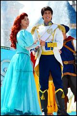 Ariel et Eric (ramonawings) Tags: ariel eric prince princesse couple blancheneige blanche neige snowwhite rapunzel raiponce tangled eugene flynn louis lavalsedesprincesses lavalseetinclantedesprincesses disney dlp disneyland paris france disneylandparis