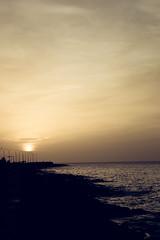 DSC_0341 (Jose Robles trc) Tags: cuba habana malecon puesta de sol playa mar caribe