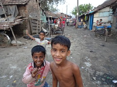 Kolkata - Urban Realities  * (Sterneck) Tags: kolkata calcutta kalkutta liluah slum helgo child education social help life guidence change vision labour