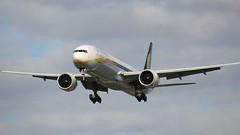 VT-JEW Boeing 777-35RER Jet Airways (R.K.C. Photography) Tags: vtjew boeing 77735rer b777 jetairways indian aircraft aviation airliners london england hattoncross myrtleavenue unitedkingdom uk londonheathrowairport lhr egll canoneos100d
