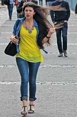 Al viento (carlos_ar2000) Tags: argentina viento wind pelo hair retrato portrait chica girl mujer woman bella beauty sexy calle street linda pretty gorgeous buenosaires