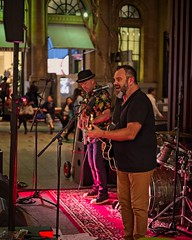 The Empresarios in the Queen St Mall (noompty) Tags: night people brisbane city queenstmall queensland band pentax k1 zeiss carlzeiss zk makroplanart250 on1pics photoraw2018