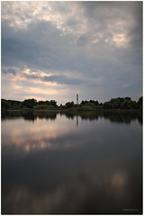 Berlin, Malchower See (tom-schulz) Tags: eos7d sigma175028exhsm rawtherapee gimp longexposure frame rahmen berlin thomasschulz see wasser himmel wolken strommast reflection reflexion sky water clouds lake