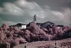Lirio IR (Dellatanus) Tags: trip trees red sky longexposure clouds oltrepopavese oltrepòpavese wine vineyard village town landscape italy infrarouge ir infrared