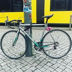 #kogamiyata #weilwirdichlieben #berlincycles #bike #berlin #fixie #rennrad #street #cycling #bicycle #fixedgear #velocity #bicyclist @bvg_weilwirdichlieben (BERLIN CYCLES) Tags: berlin berlincycles speedbikes fixies hipster fixedgear