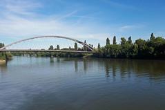 2018-07-03 004 Frankfurt, Main, Honsellbrücke (Joachim_Hofmann) Tags: frankfurt frankfurtammain brücke mainufer main