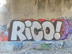 435 (en-ri) Tags: rico bianco nero arancione mezzaluna genova zena wall muro graffiti writing lilla
