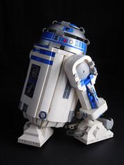 DSCN1011 (fnxrak) Tags: lego star wars starwars fnxrak r2d2 rc powerfunctions power functions