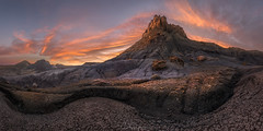 Mount Doom Aflame (hillsee) Tags: nikond850 badlands utah desert rocks light panorama mud curves sunset colour clouds sky gold cracks nature haida filters