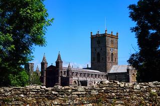 Eglwys Gadeiriol Tyddewi (Explored)