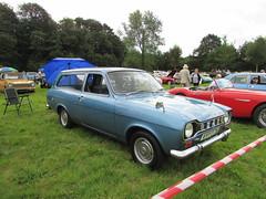 Ford Escort 1300 L Estate VYY57M (Andrew 2.8i) Tags: show car cars classic classics gwili railway transport day bronwydd arms estate mark 1 mk mk1 13 1300 british l 1300l 13l escort ford