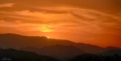 Santa Teresa (alvarolsalmeida) Tags: sunset riodejaneiro santateresa sol sun red fav100 fav200 fav250 fav300 fav350