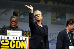 Yvette Nicole Brown & Jamie Lee Curtis (Gage Skidmore) Tags: jamie lee curtis yvette nicole brown halloween san diego comic con international 2018 convention center california