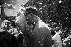 Pillow fight 6 (Bastex - Unknown Street Photographer) Tags: street streetphotography streetbw streetphoto streetlife streetphotographer streetshot streetbnw event pillowfight photojournalism nikon bastex cracowstreetcollective cracow 2018