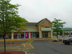 Verizon (Ware, Massachusetts) (jjbers) Tags: gibbs crossing ware massachusetts may 27 2018 verizon wireless store t mobile